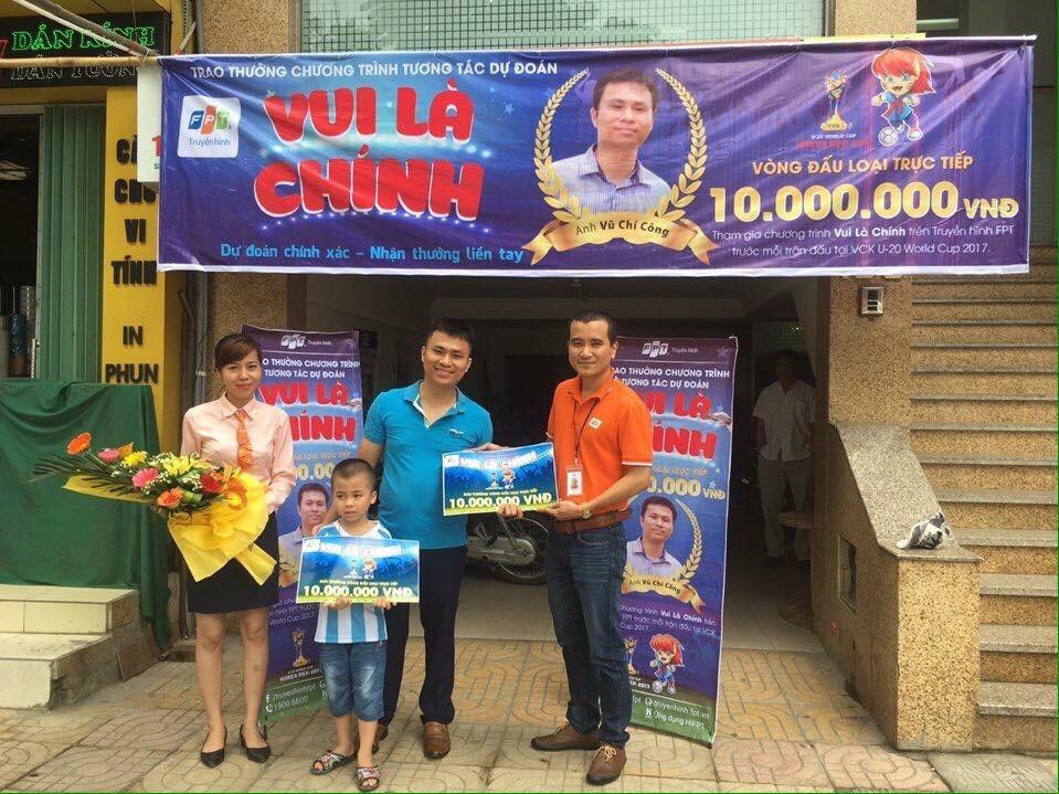 """FPT Telecom Ninh Bình trao 20,000,000đ cho Khách hàng trúng giải """"Vui Là Chính"""""""